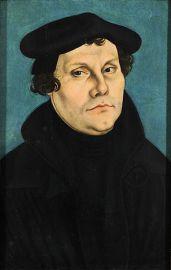 """""""Lucas Cranach d.Ä. - Martin Luther, 1528 (Veste Coburg)"""" von Lucas Cranach der Ältere - gallerix.ru. Lizenziert unter Gemeinfrei über Wikimedia Commons - http://commons.wikimedia.org/wiki/File:Lucas_"""